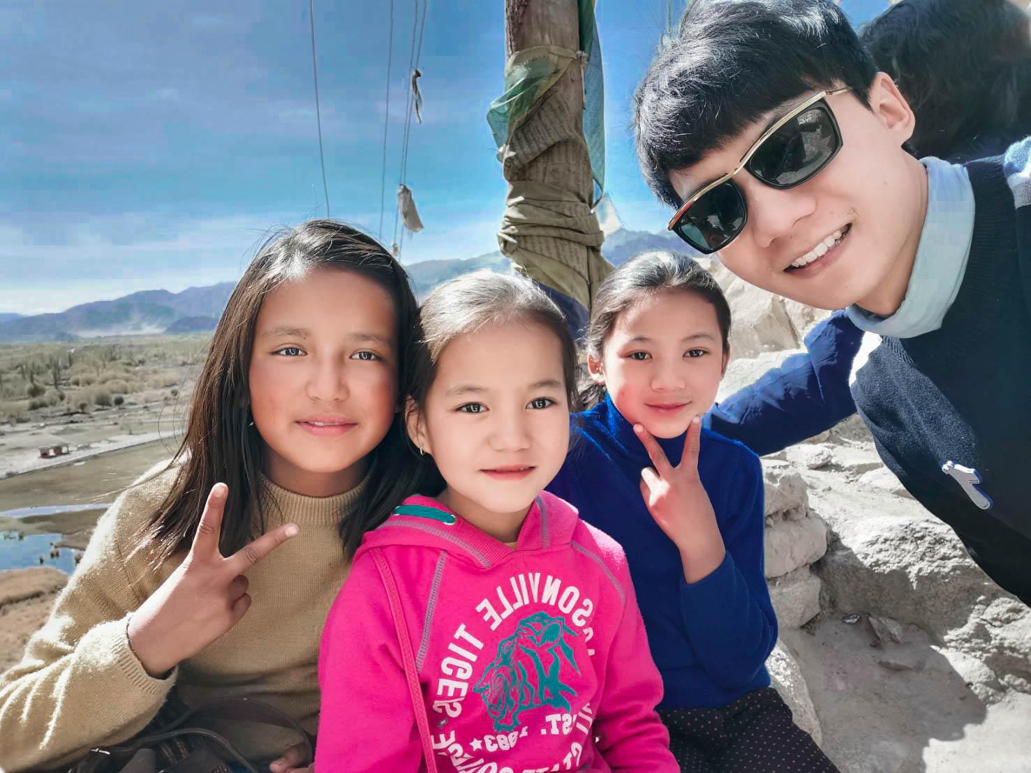 เด็กๆ ทัวร์เลห์ ลาดักห์ เที่ยวเลห์ ลาดักห์ Leh Ladakh Tour leh ladakh