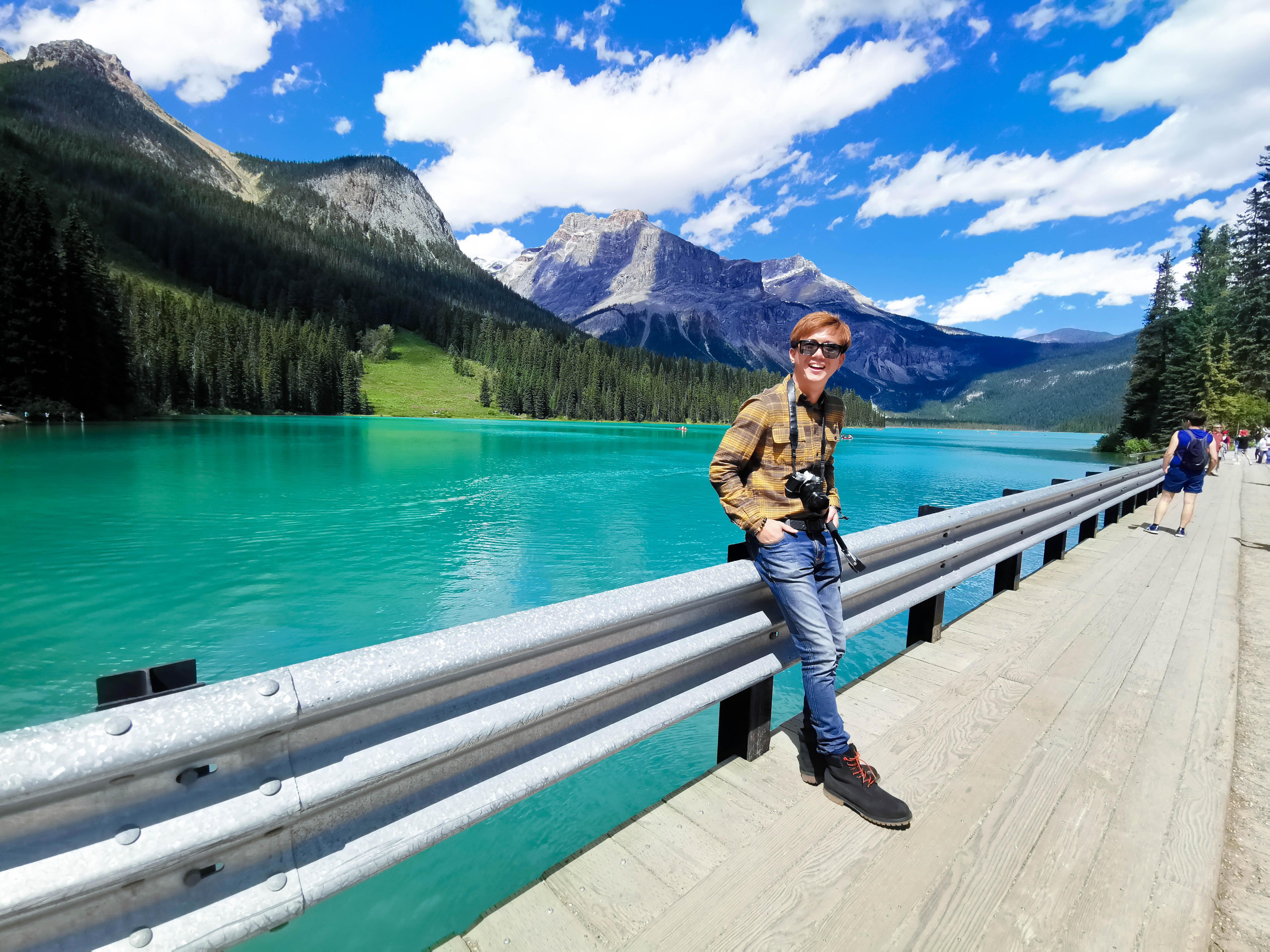 Emerald Lake เที่ยวแคนาดา ทัวร์แคนาดา